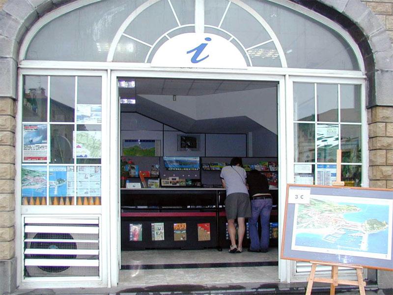 Oficina de turismo de getaria gu a de ocio de gipuzkoa for Oficina turismo zumaia