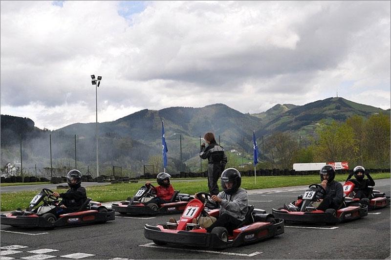 Circuito Olaberria : Circuito olaberria karts de alquiler guía ocio