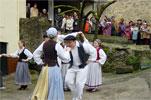 Momento de la actuación de baile